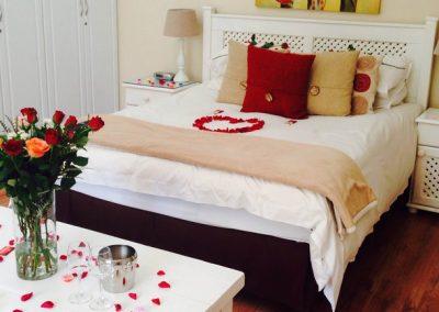 Honeymoon Suites 1